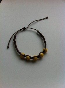 bracelet dans bracelets 1234509_607862619236737_966917466_n-224x300